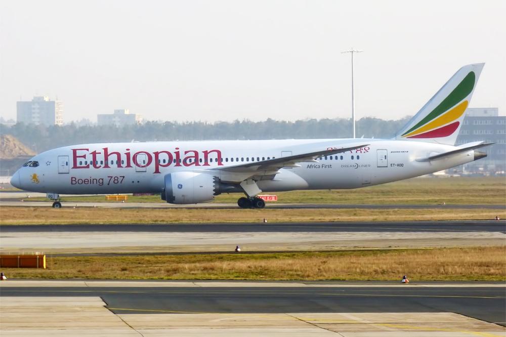 Ethiopian_Airlines,_ET-AOQ,_Boeing_787-8_Dreamliner_(16269070208).jpg